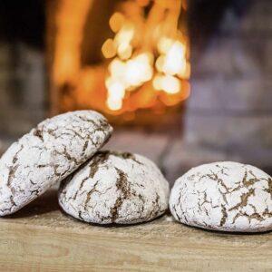 Хлеб из дровяной печи